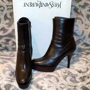 Yves Saint Laurent Brown Leather Ankle Boots 39EU